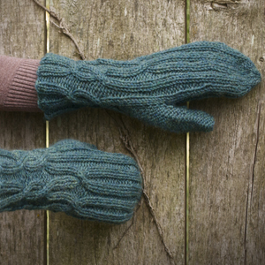 Twining Vines Mittens