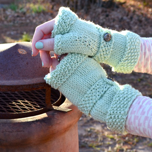 Miss Practicality Wristwarmers